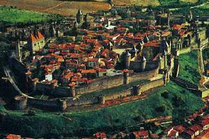 Крепость в Каркасоне времен Меровингов