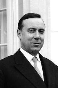 Мишель Дебре (1912 - 1996) - автор Конституции Франции 1958 г.