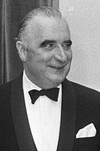 Жорж Жан Раймон Помпиду (1911 - 1974) - премьер-министр Франции в 1962-1968 г.г.