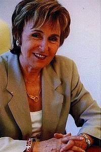 Эдит Крессон  - премьер-министр Франции в 1991-1992 г.г.