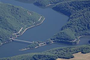 Водохранилище Эгль (Центральная Франция)