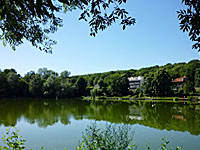 Пруд Виль-д'Авре (�ль-де-Франс, О-де-Сен)