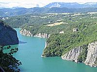 Озеро Монтейнар-Авиньоне (Рона-Альпы, �зер)
