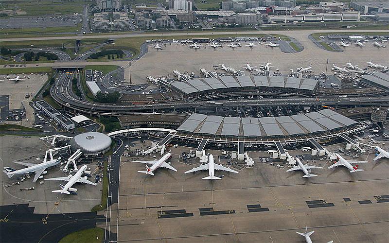 Аэропорт Шарль де Голль в Париже