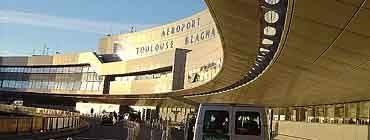 Авиабилеты в Тулузу: поиск и бронирование
