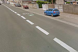 Специальная полоса для автобусов и парковочные места в Бордо