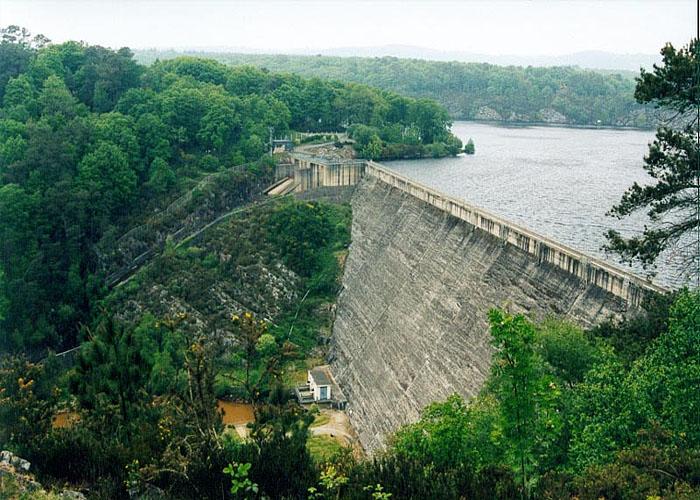 Энергетика Франции: гидроэлектростанция Барраж де Гёрледан (Barrage de Guerlédan)
