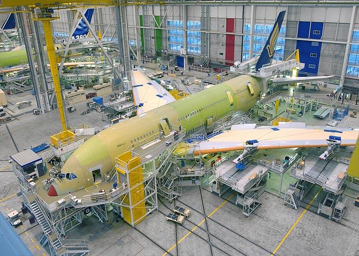 Авиационная промышленность Франции: завод AirBus  в Тулузе