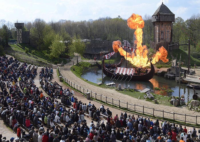 Туризм в экономике Франции: тематический парк исторических реконструкций Пюи дю Фу (Puy du Fou)