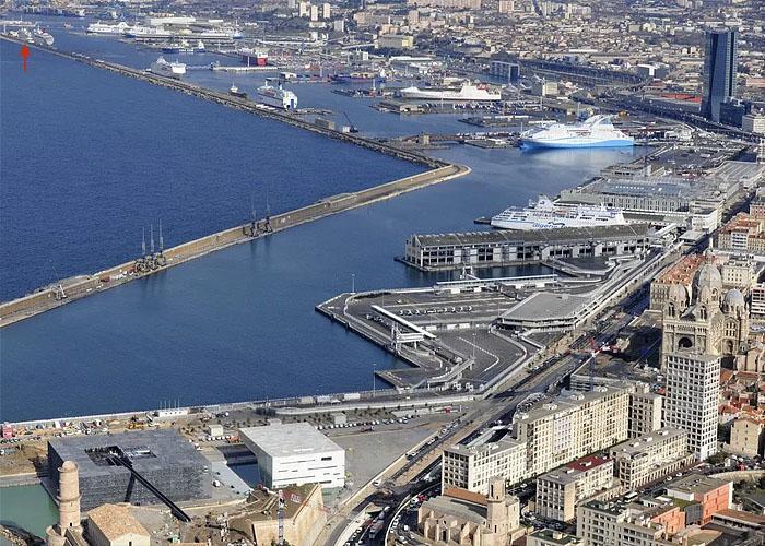 Транспортная система Франции: порт в Марселе