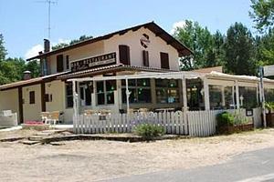 Ресторан Le Pavillon. Озеро Казо э Сангуине (Аквитания, Жиронда)