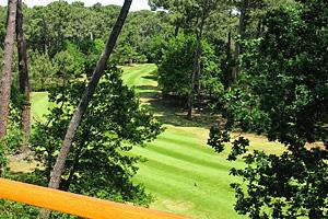 Гольф-клуб Golf de Biscarrosse. Озеро Казо э Сангуине (Аквитания, Жиронда)