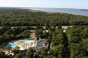 Кемпинг Camping Talaris Vacances. Озеро Лакано (Аквитания, Жиронда)