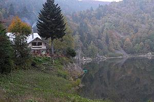 Отель Refuge Du Neuweiher. Озеро Большое и Малое Нёвее (Эльзас, Франция)