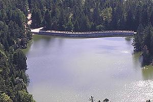 Плотина на озера Труит у дю Форле (Эльзас)
