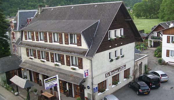 Отель Hôtel La Rencluse 2* (Баньер-де-Люшон, Франция)