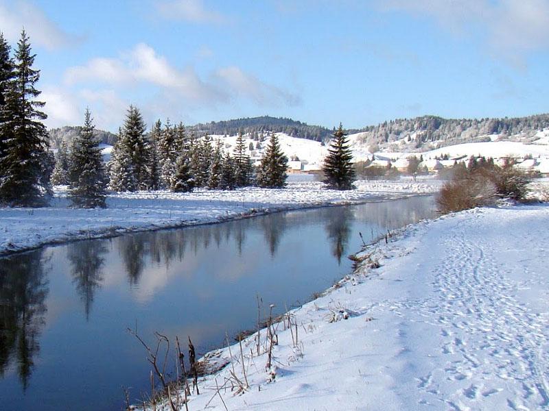 Зима в горах Юра (департамент Ду, Франция)