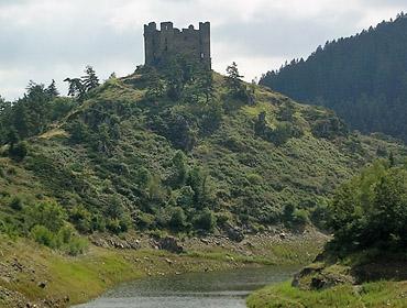 Замок Шато д'Альёз (Chateau d'Alleuze)