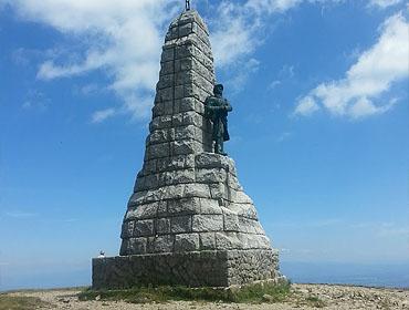 Памятник Белой Горячке (Monument des Diables Bleus)