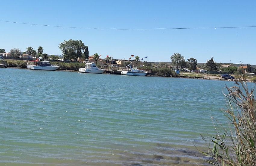 Река Од (Aude) в нижнем течении