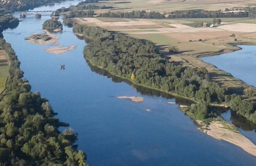 Река Луара (Loire) в среднем течении