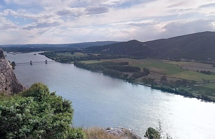 Рона (Rhone) в нижнем течении
