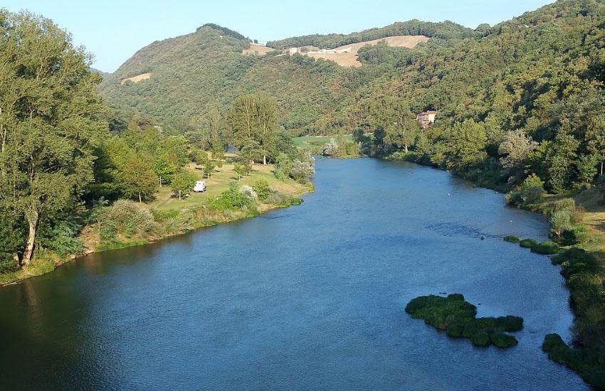 Река Тарн (Tarn) в среднем течении