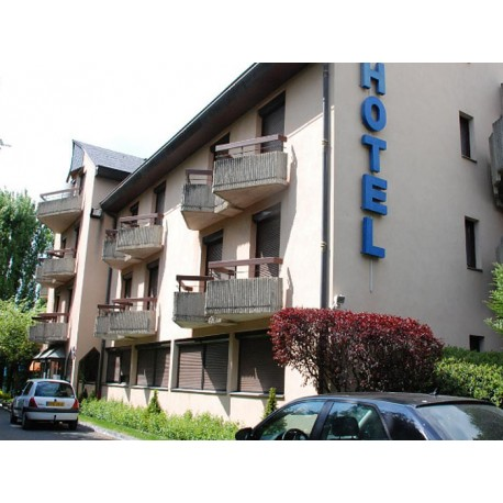 Отель Hôtel Bastide 3* (Оне-ле-Шато, Авейрон)