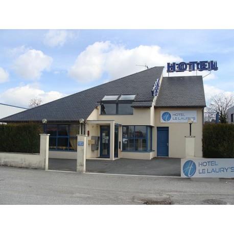 Отель Hôtel Le Laury's 3* (Оне-ле-Шато, Авейрон)