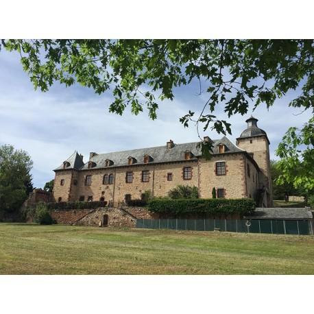Дом для отдыха Chateau de la  Roquette  5* (Оне-ле-Шато, Авейрон)