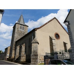 Церковь в Кассюэжуль  (Église de Cassuéjouls)