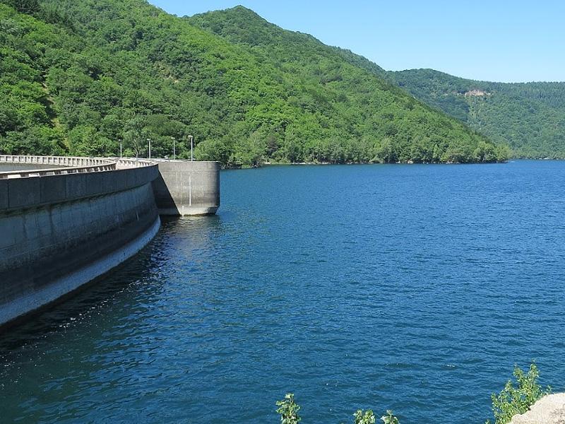 Водохранилище Авен (Réservoir d'Avène) на реке Орб