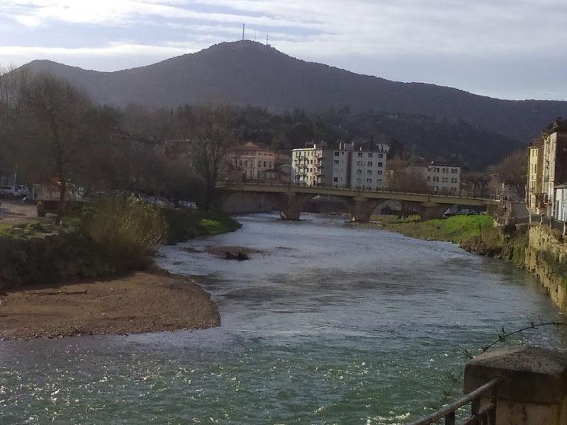 Река Орб (Orb) в Бедарье