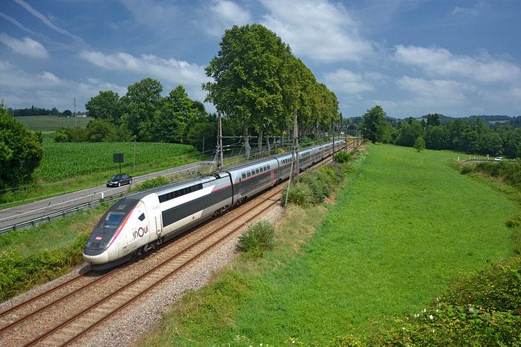 Б�ЛЕТЫ НА СКОРОСТНЫЕ ПОЕЗДА TGV ВО ФРАНЦ�� МОЖНО КУП�ТЬ ДО 35€