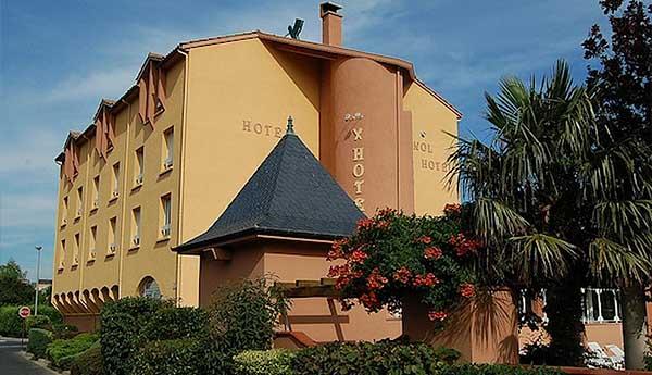 Отель Cévenol Hôtel 3* (Мийо, Франция)