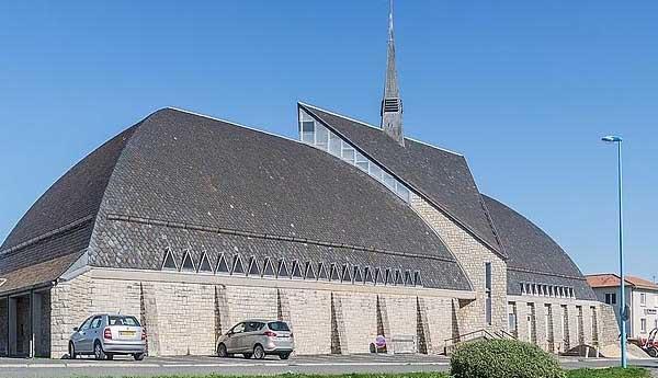 Церковь Святого �осифа Артисанского (Église Saint-Joseph-l'Artisan)